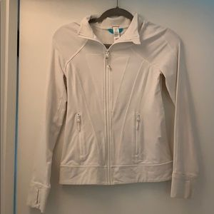 IVIVVA White Zip-up